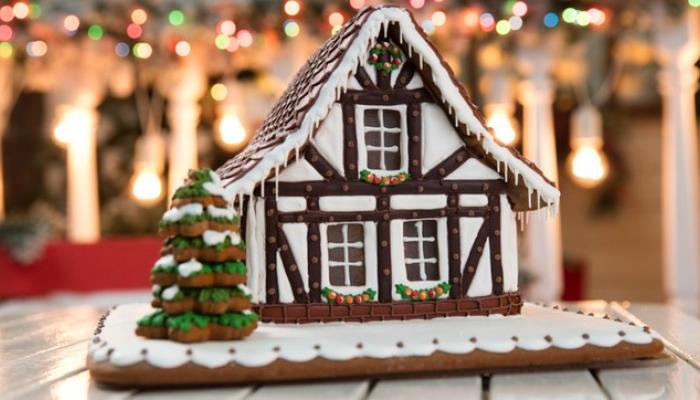 Gingerbread House with icing and tree