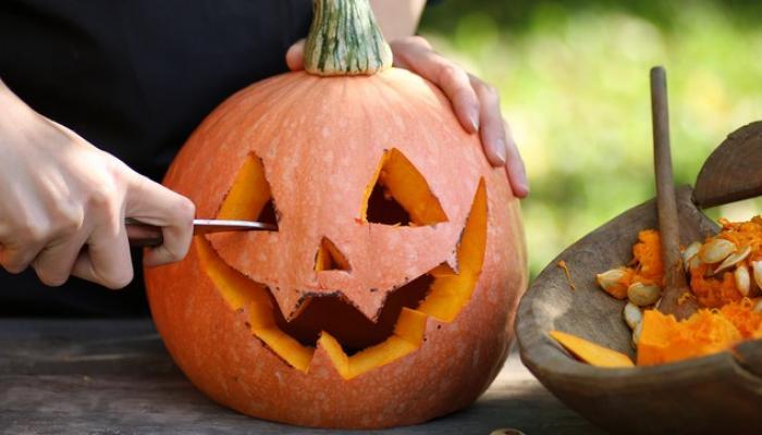 traditional pumpkin carving